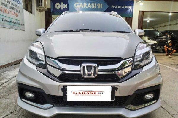Mobilio RS AT