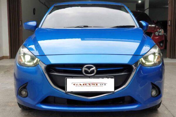 Mazda 2 R AT