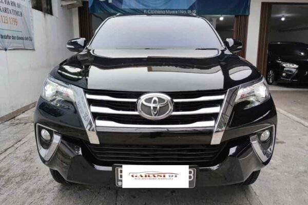 Fortuner VRZ 4x2 AT Diesel
